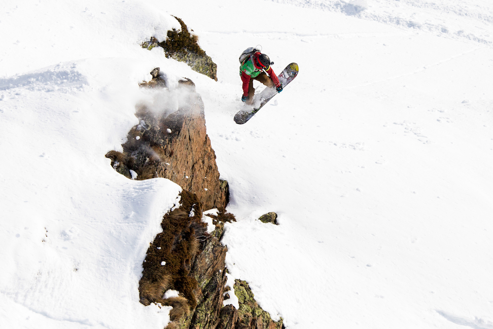 Swatch Freeride World Tour 2016: The best riders on the best mountains in the ultimate freeride competition. In 2016, the Swatch Freeride World Tour goes into its 9th season and consists of five (5) stops in Vallnord Arcalís (Andorra), Chamonix-Mont-Blanc (France), Fieberbrunn Kitzbüheler Alpen (Austria), Haines Alaska (USA) and the final in Verbier (Switzerland). www.freerideworldtour.com